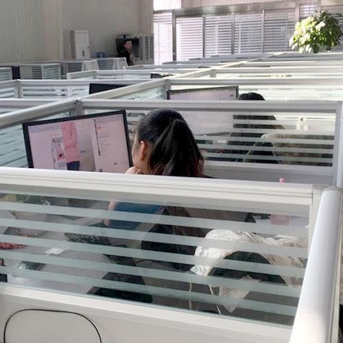 办公室人员
